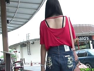 Hook-up-appeal Filipina Woman Bew Shows Striptease To One Stranger Man