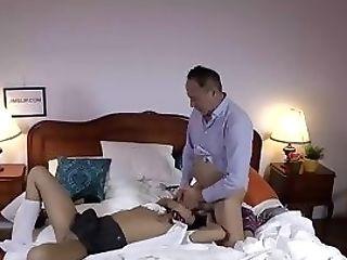 Jizz Loving Stunner Gets Cuminmouth By Old Man