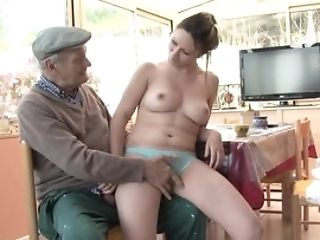 Papy Hidden Cam Volume 34 - Scene 1
