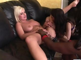 Andi Anderson Likes Fucking A Duo Of Black Women