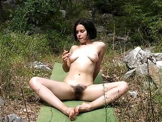 Hairy Vagina Ole Nina Doesn't Need A Dick For The Amazing Orgasm