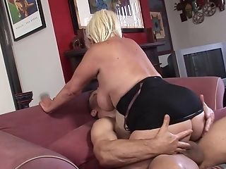 Nasty Dana Hayes Gets Her Raw Cooch Pounded By A Strong Man