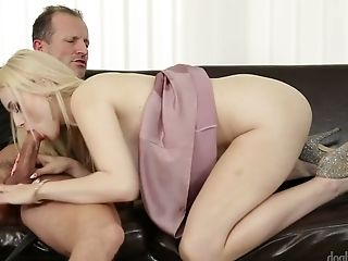 Fantastic Pallid Skin Blonde Bimbo Gobbles Dick And Fucks On The Couch